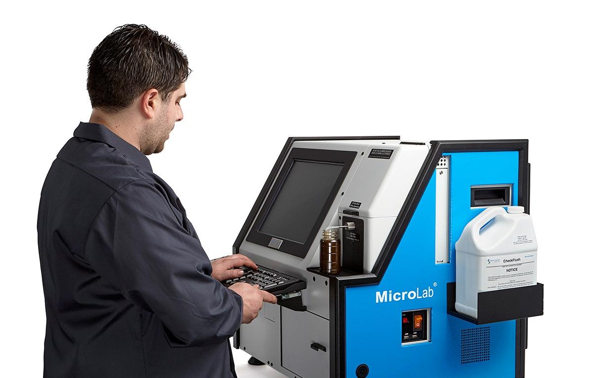 MicroLab_Operator-1.jpg