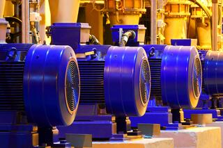pumps in a row.jpg